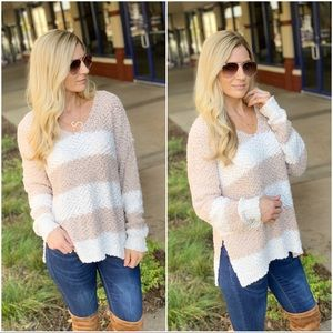 Taupe and Ivory popcorn sweater v neck